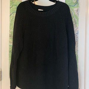Gap Black Crewneck Sweater